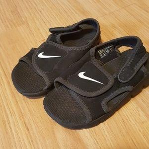 Nike 7 Toddler Sandal